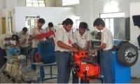 Automobile-Engines-Lab-2.JPG